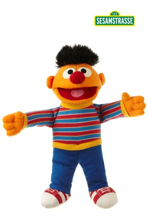 04aafd8ead Sesamstraße - Plüschfigur Ernie